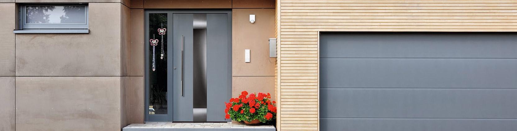 Lite-Style Entrance Doors & Hormann Doors Uk u0026 Picture Showing Matching L-Rib Sectional Garage ... pezcame.com