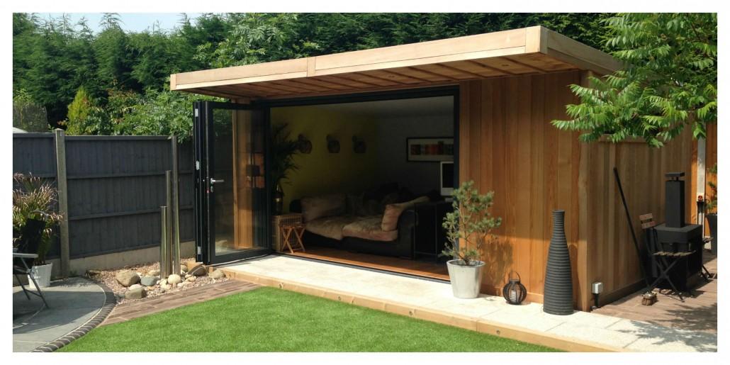 Garden Pod with Sliding Doors
